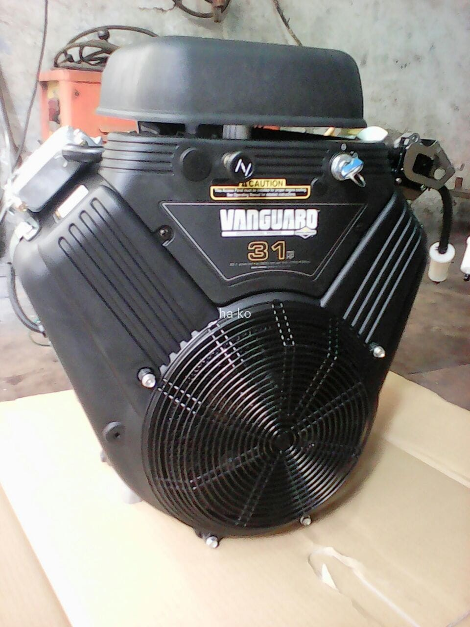 Briggs Stratton Vanguard 31hp Vtwin Petrol Engine Welcome To Ha Ko Fuel Filter Flat